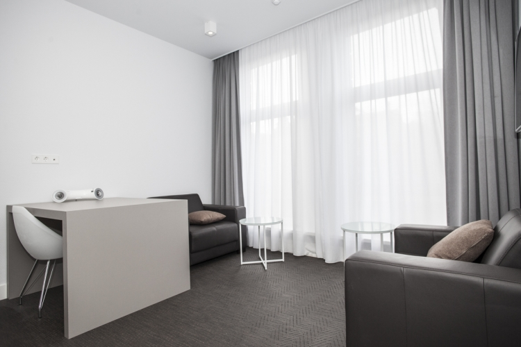 short stay business apartment 48-1